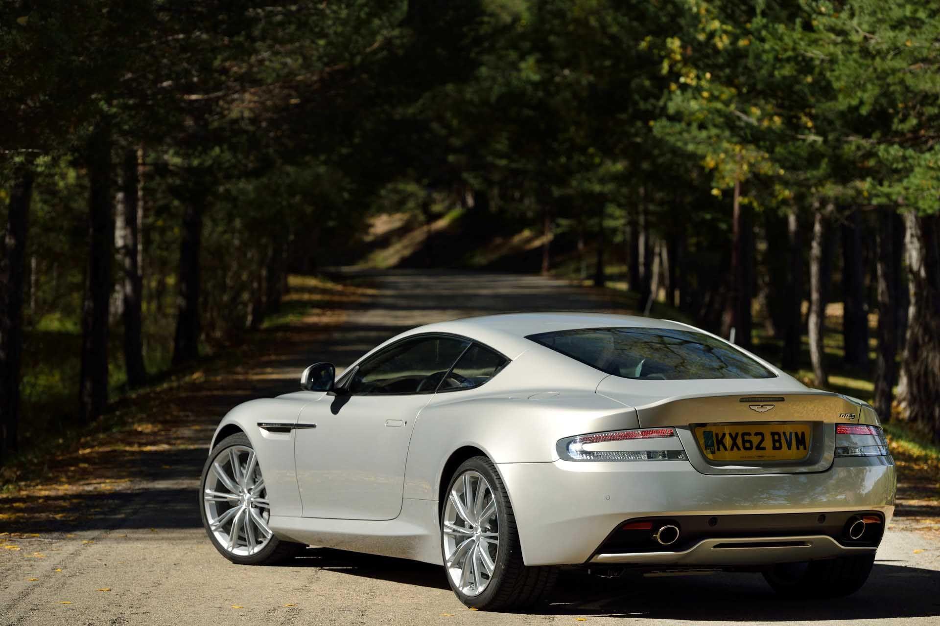 10 Aston Martin Db9 Silver Blonde Features Rear Three Quarter Images Aston Martin Aston Silver Blonde