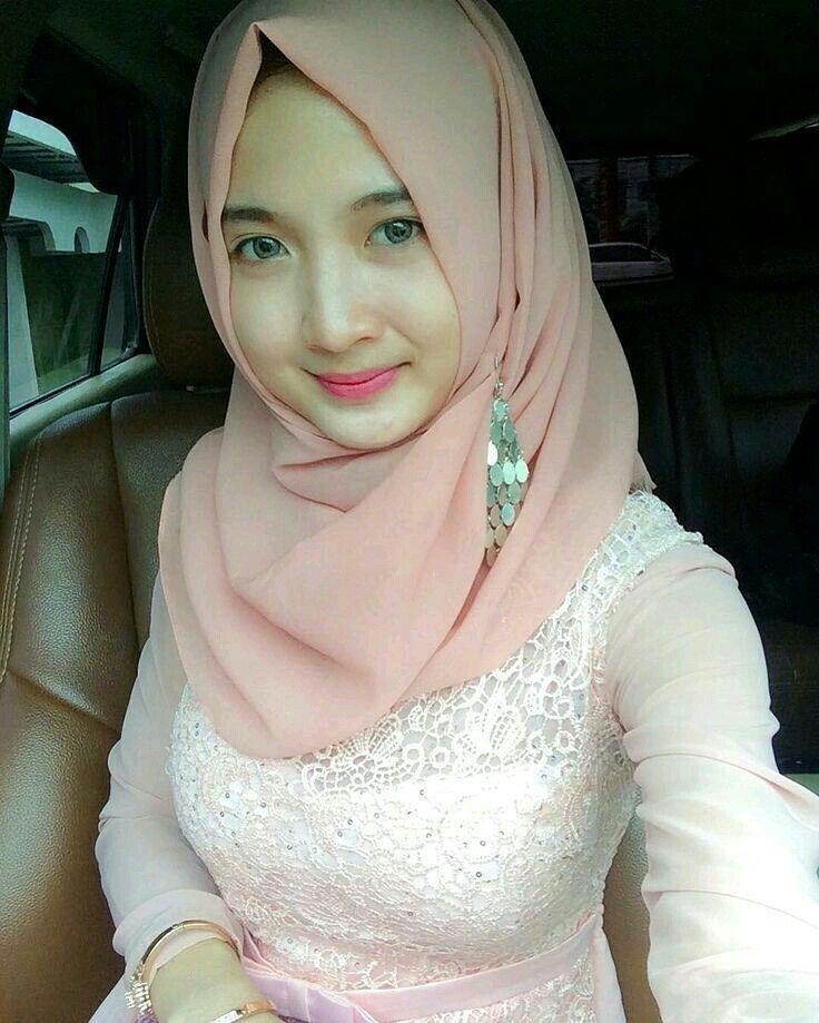 girl asian Jilbab hot