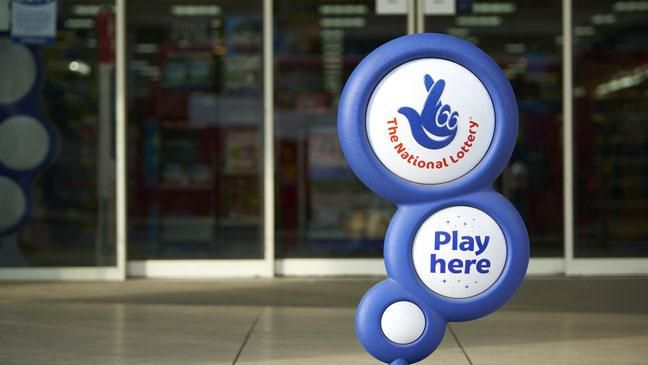Diverse lottery amusements offer distinctive chances of winning and the chances are by and large reliant on the amount of numbers that should be chosen by the player and the amount of numbers in play by and large. For instance, play Euromillions amusement obliges players to choose 5 numbers from 1 to 50 and 2 numbers from 1 to 9, so the chances of coordinating every one of the seven determinations are 1 in 76,275,360.