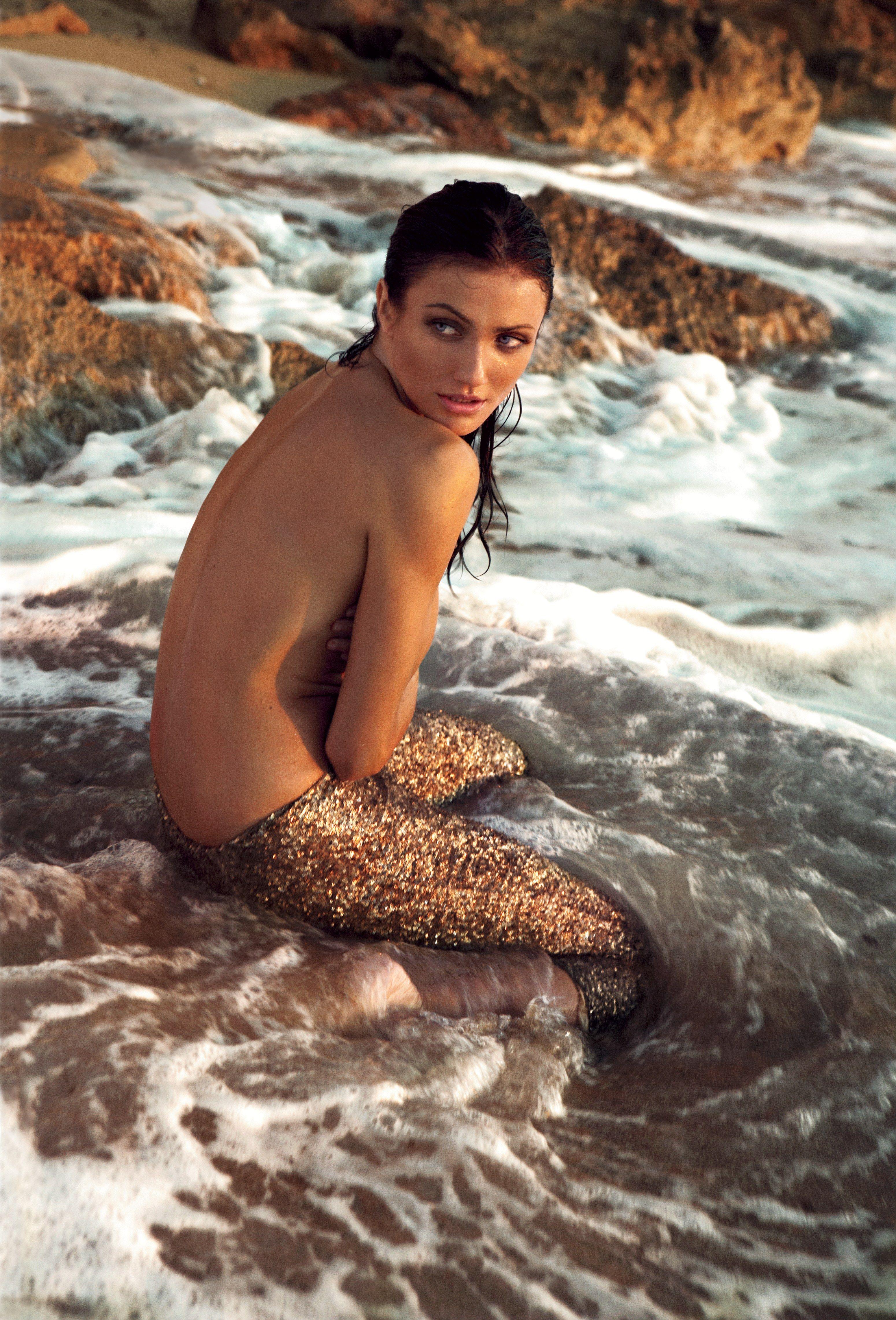 Cameron Diaz, A Movie Star That Belongs On The Beach -2820