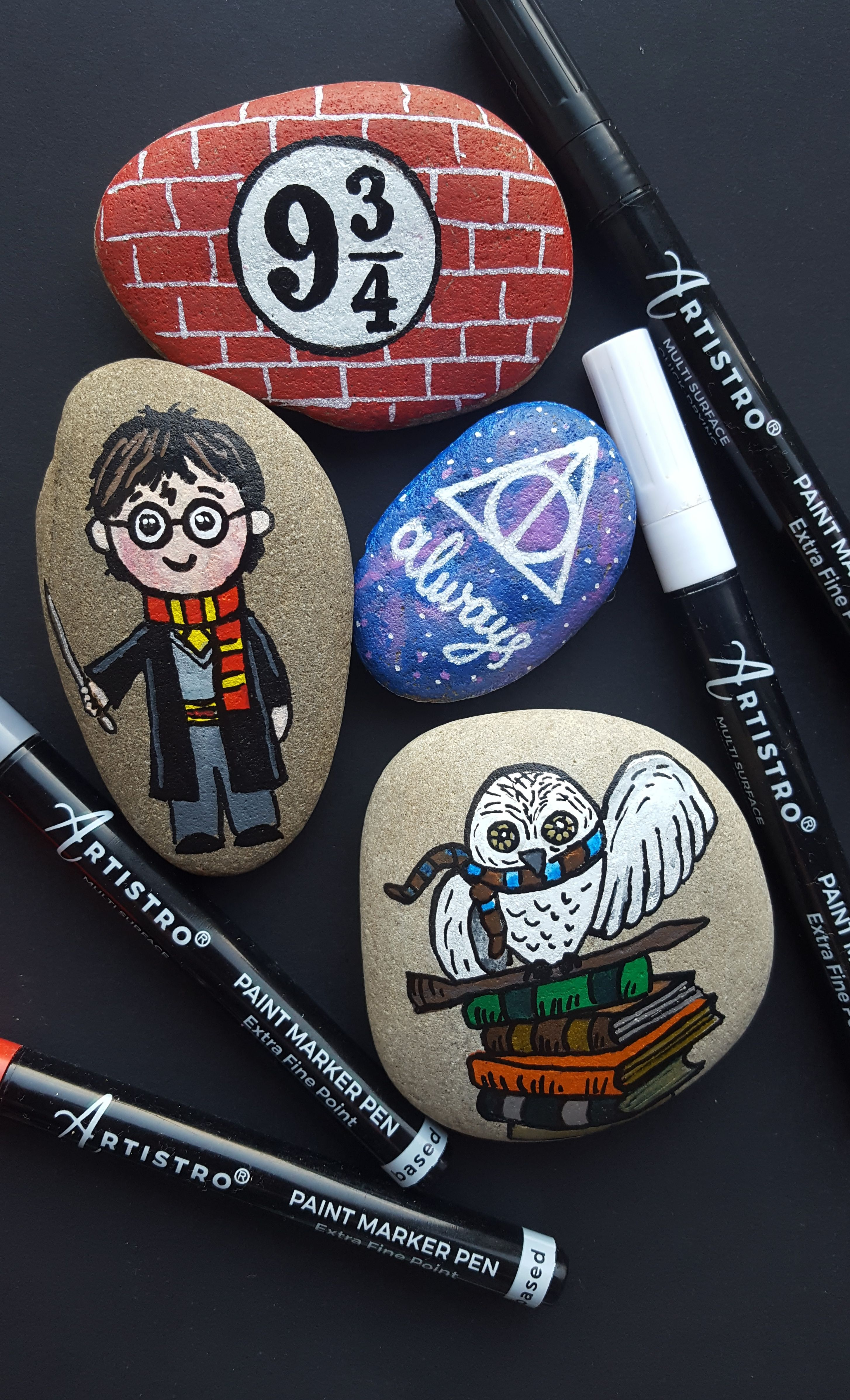 Harry Potter painted story stones with Artistro 30 acrylic paint pens. Harry Potter painted story stones with Artistro 30 acrylic paint pens.