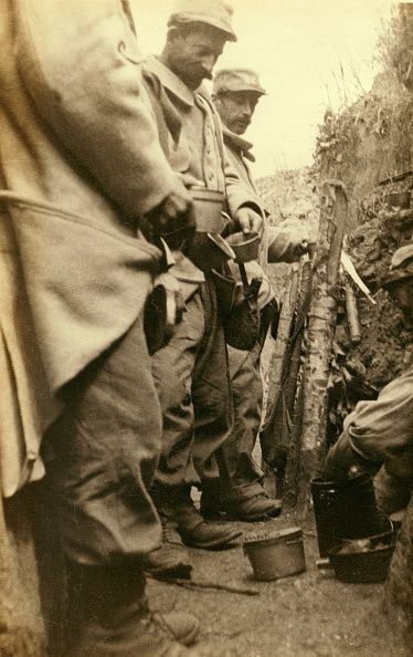 Image result for ww1 FRENCH soldier on the somme