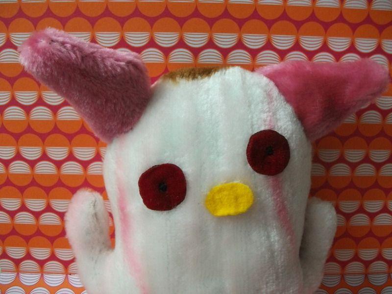 Monster-Kuschelkerlchen Plüsch mit rosa Ohren von polly plüsch auf DaWanda.com