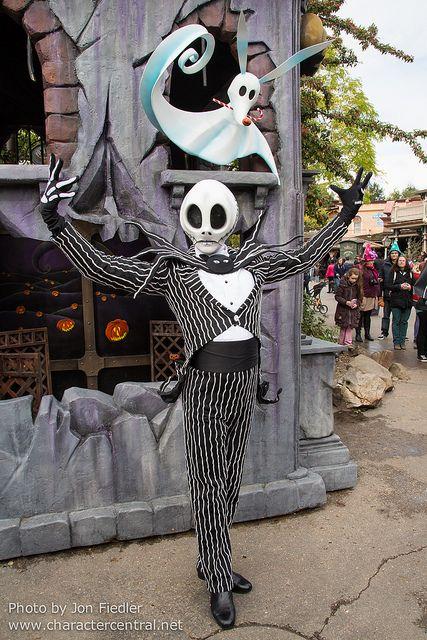 DLP Oct 2013 - Meeting Jack Skellington (With images) | Disney halloween. Disney face characters. Jack skellington