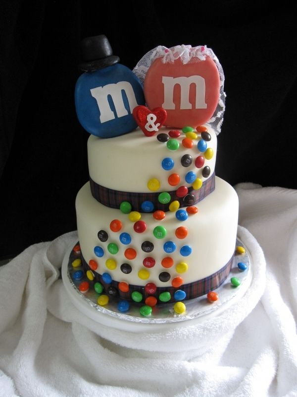 M M Wedding Cake Might Be A Gr8 Wedding Anniversary Cake For My Favorite M S Mark Mary Abraham 25th Coming Up In Just M M Cake Cake Chocolate Ganache