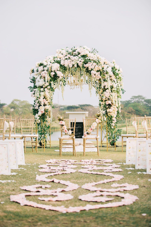 Wedding decoration ideas gold  Wedding Decoration u Details  BLOG  Wedding  Pinterest  Wedding
