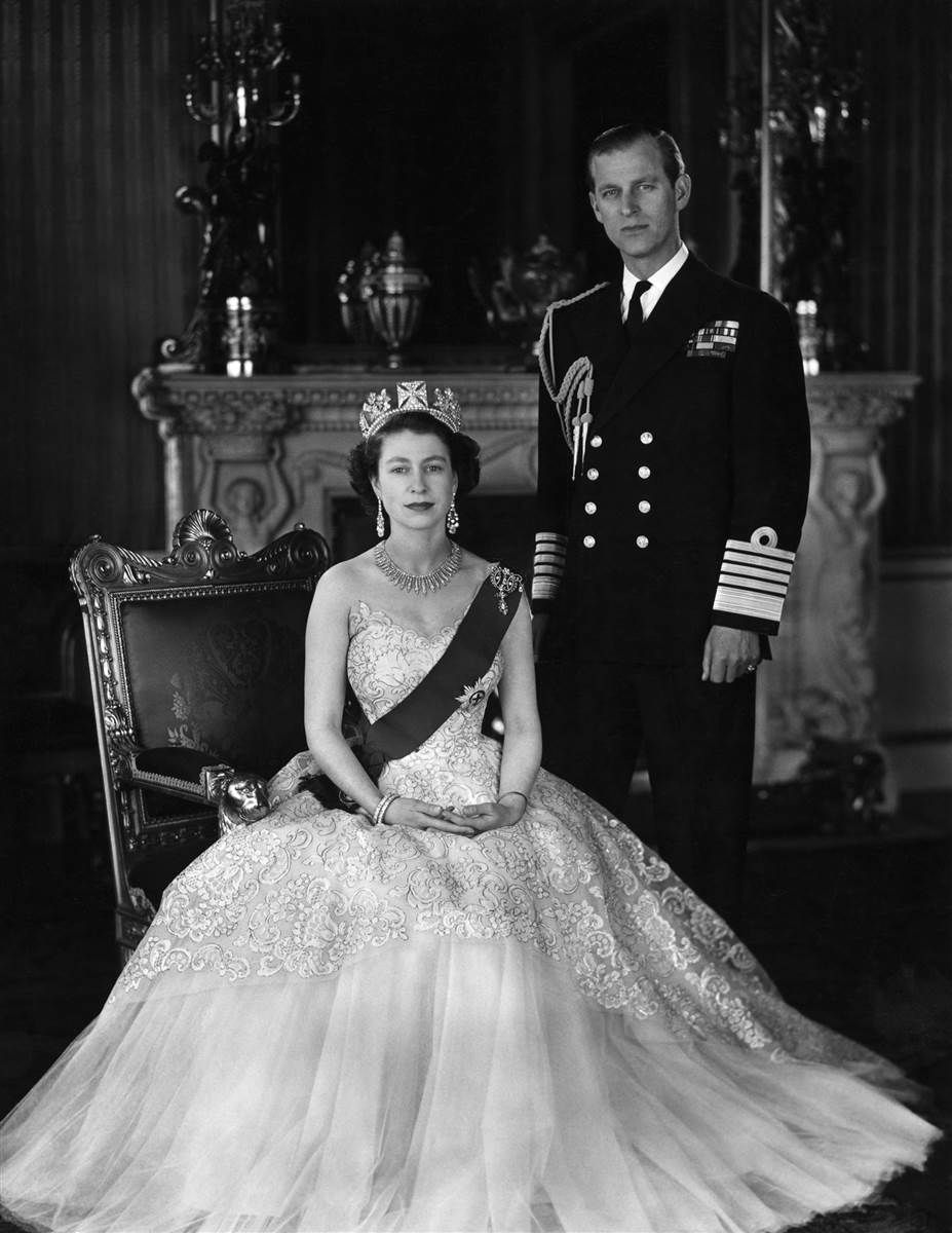 Pin by Barbara M. on Queen Elizabeth | Her majesty the ...