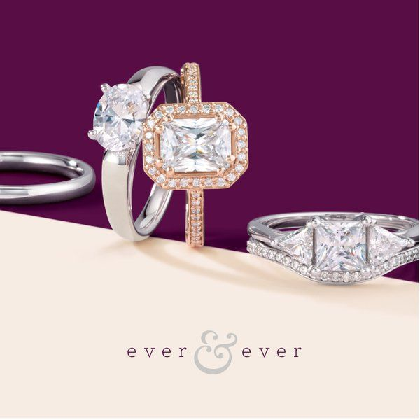 Engagement rings from Oak Ridge Jewelers #rosegold #princesscut #halo