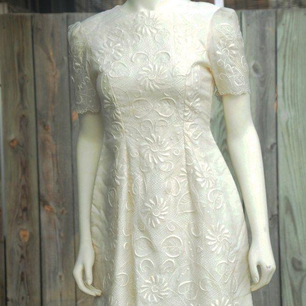 Affordable Wedding Gowns In Manila: Pineapple Fiber Dress Filipiniana