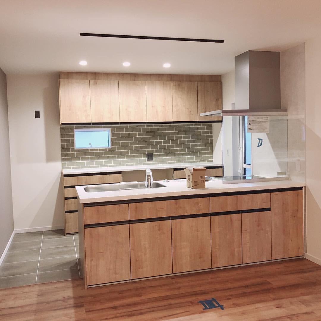 いいね 91件 コメント4件 F U R U U U Home 𓅯𓅛 F U R U U U Home のinstagramアカウント キッチン入りましたァァァ 壁の色とタイルの色大丈夫かと夢に出てくる程心配で リビング キッチン キッチンデザイン キッチンインテリアデザイン