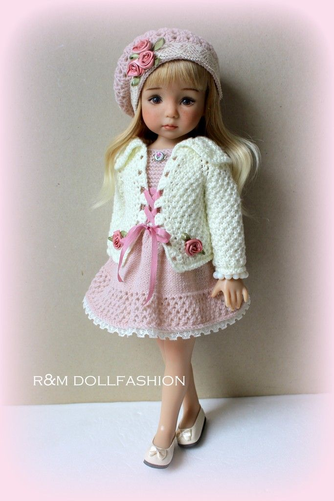 Pin de Nennypink en VV.Dolls R&M | Pinterest | Muñecas, Reinas y ...