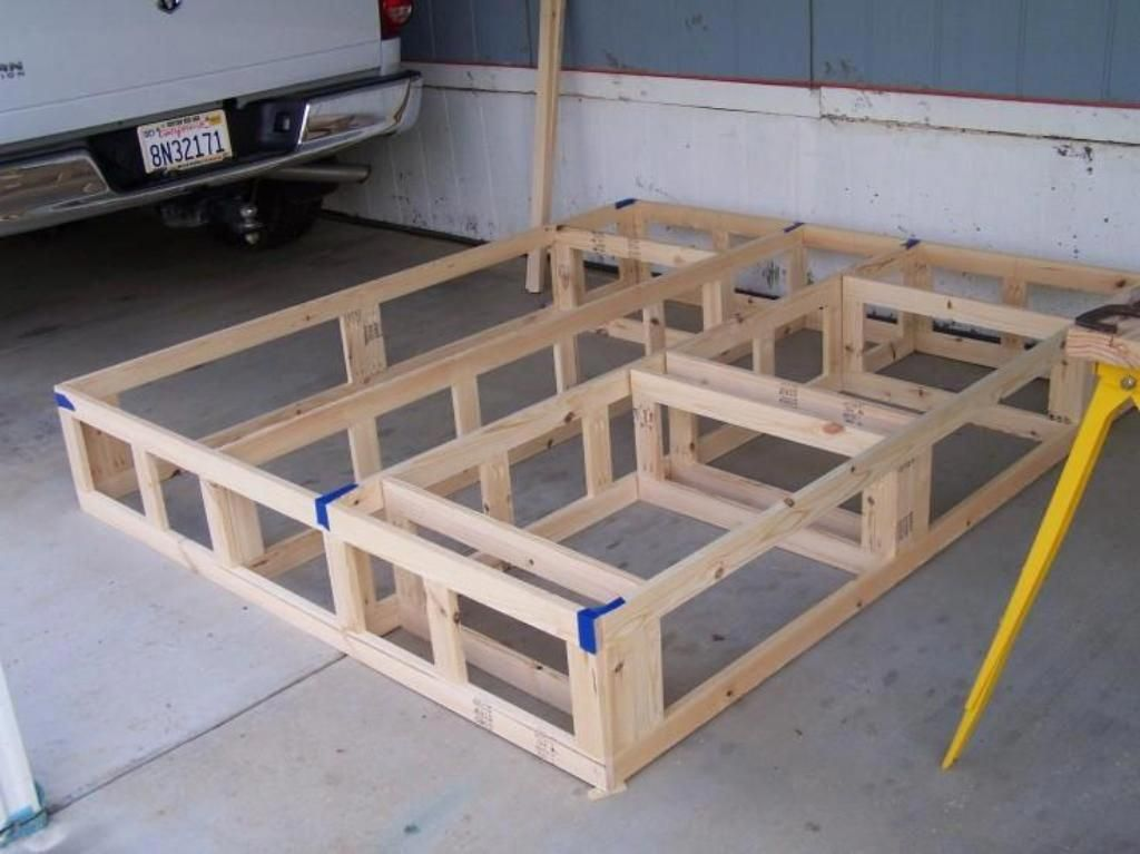 Do It Yourself Home Design: Platform Bed With Storage Plans