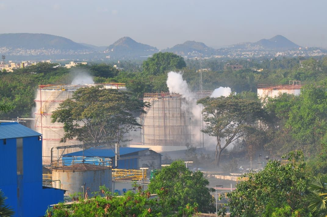 Chemical Leak In Lg Polymer Industry At Visakhapatnam Thousands Fall Sick In 2020 Chemical Plant Leaks Visakhapatnam