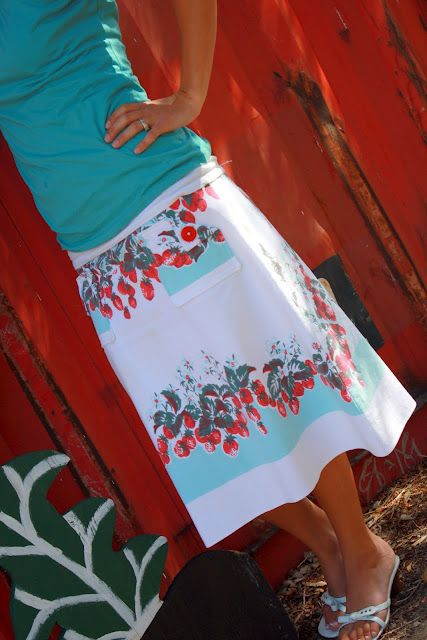 turn a vintage tablecloth into to a skirt