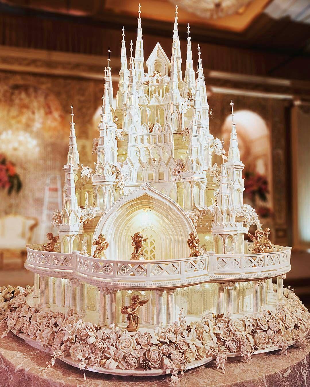 Pin by Darlene Hedrick on Huge wedding cakes Extravagant