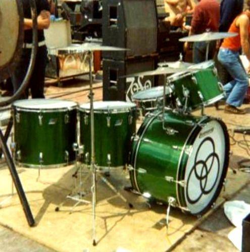 John Bonham Green Sparkle Ludwig Drum Kit In 2019 Ludwig