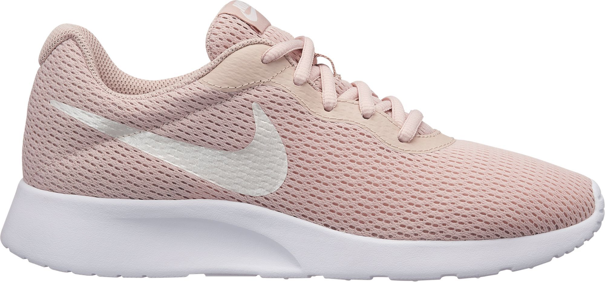 Nike Women's Tanjun Shoes | Nike women, Nike, Lacing shoes ...