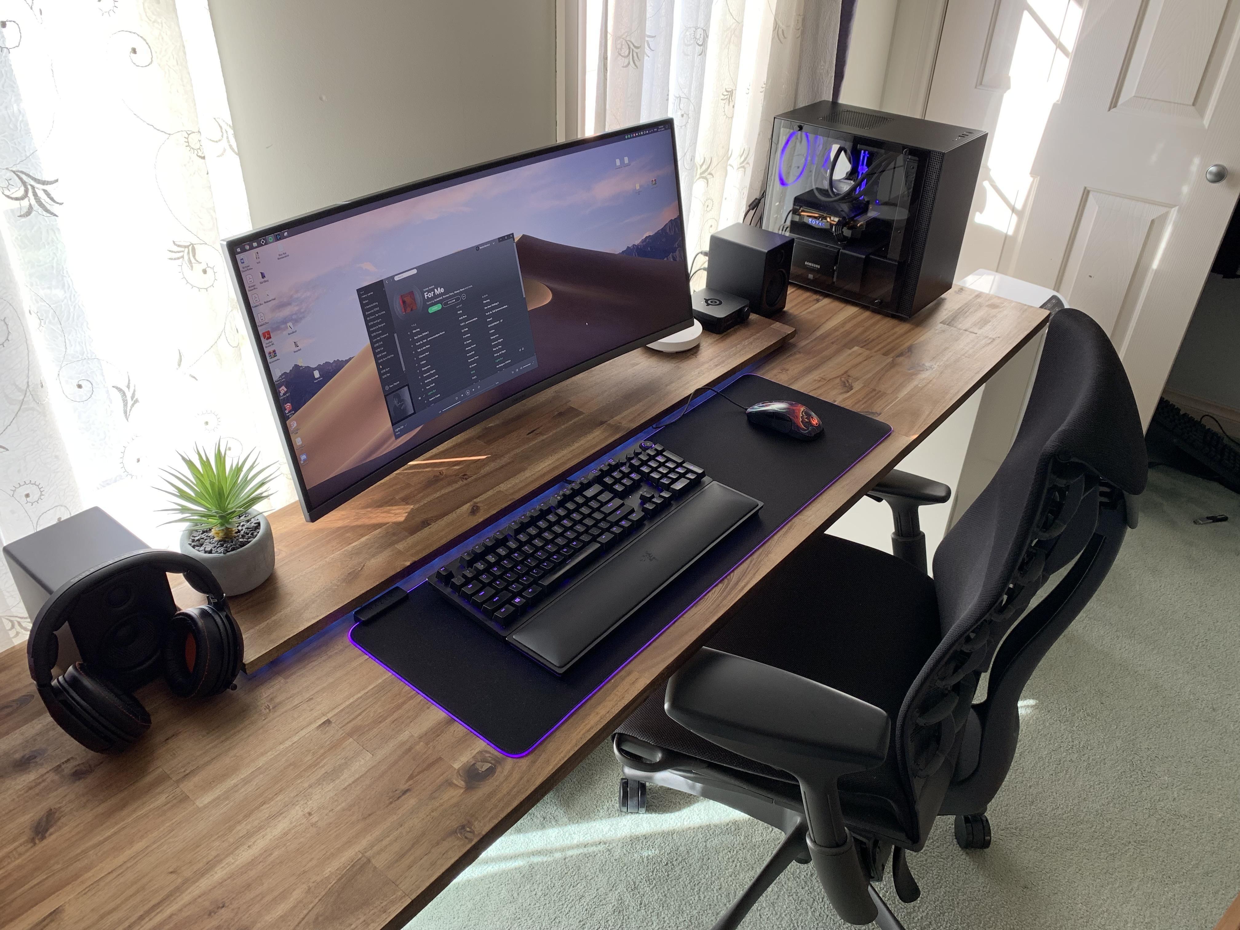 Side view of my desk Computer desk design, Gaming room