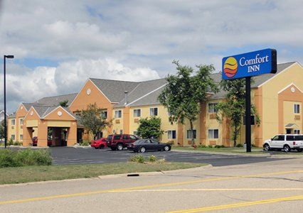 Book Now At The Quality Inn Hotel In Lakeville Mn And Stay Near Minnesota Zoo Buck Hill Ski Area Elko Sdway