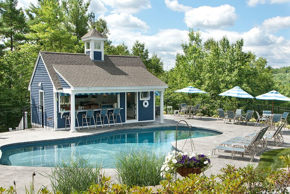 Blue And White Give The Pool House A Distinct Nautical Appeal Decoist Pool Houses Pool House Designs Pool House