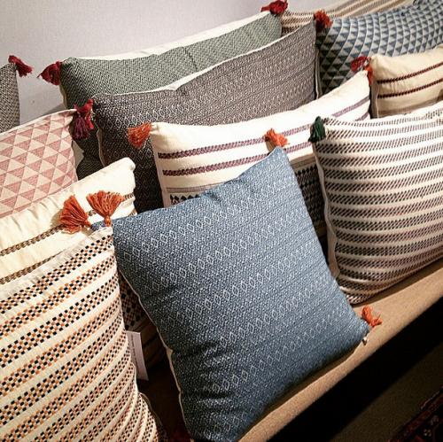 Maison & Objet : mes coups de cœur | Pillows, Rustic decor and Poufs