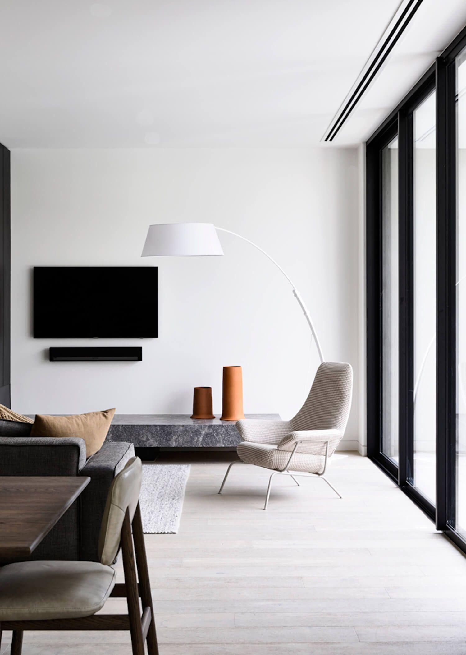 19+ Delightful Minimalist Wardrobe Ideas #minimalisthomedecor