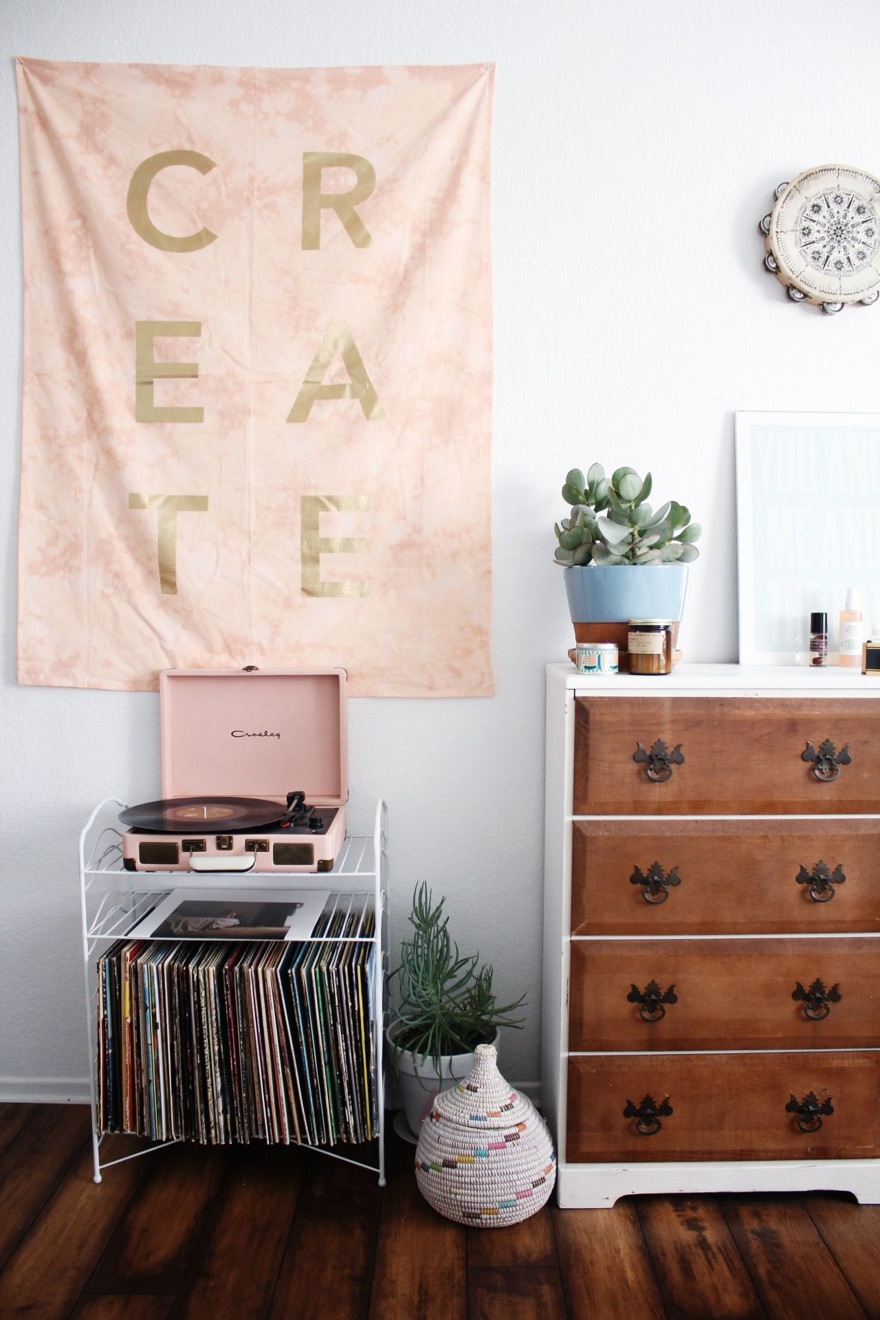 Urban Outfitters Blog Uo Guide Decorating With Purpose
