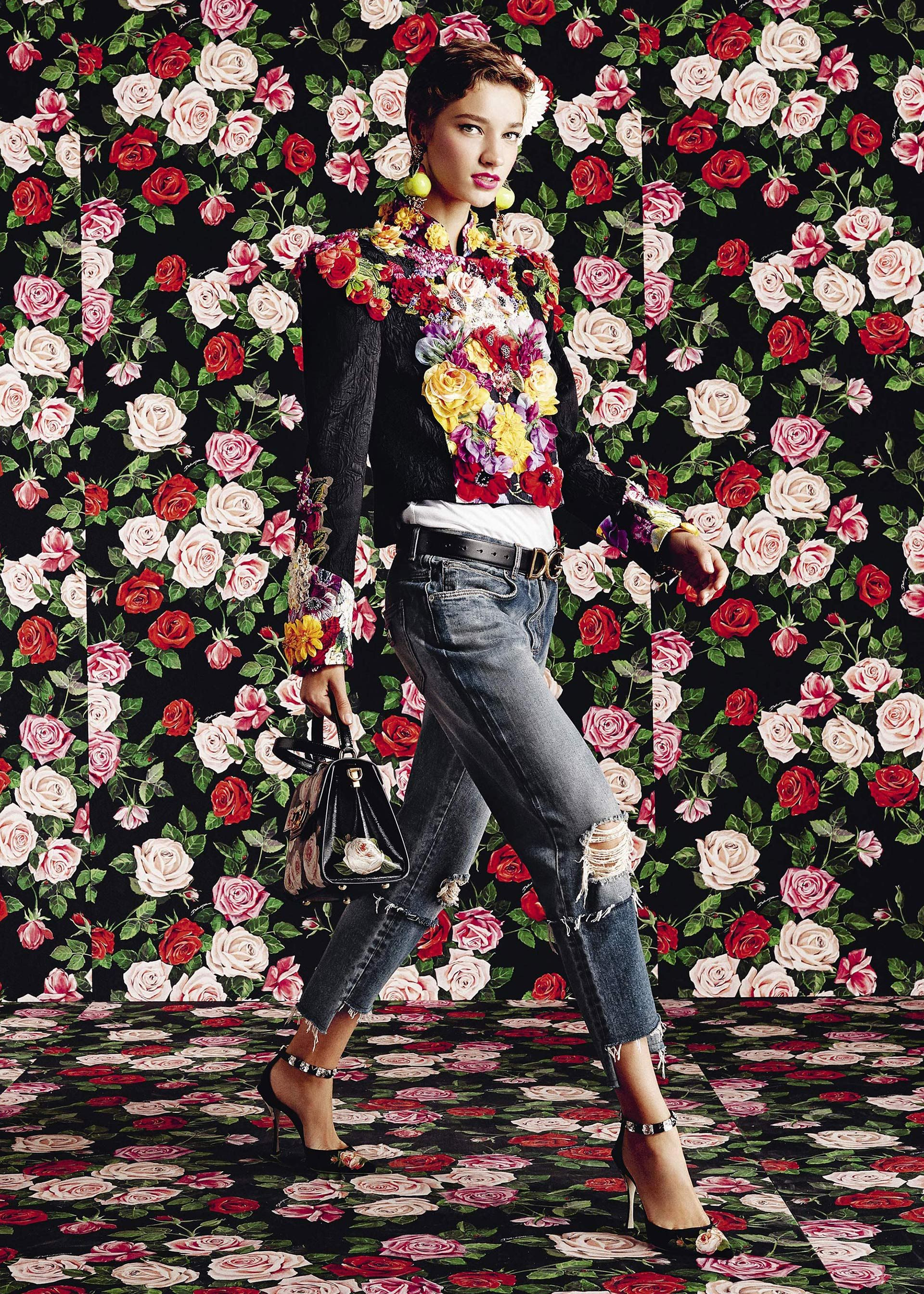99cb8a07d3 Discover the new Dolce & Gabbana Women's Flowers Mix Collection for Spring  Summer 2019 and get inspired. Visit the official website Dolcegabbana.com.