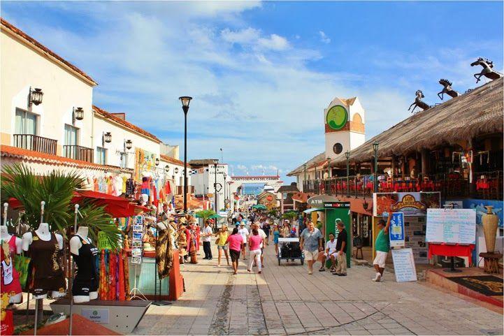Résultats de recherche d'images pour «playa del carmen quinta avenida»