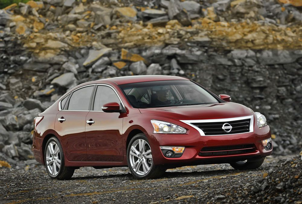 The 2012 Nissan Altima Review: Specs, Price U0026 Pictures    Http://whatmycarworth.com/the 2012 Nissan Altima Review Specs  Price Pictures/