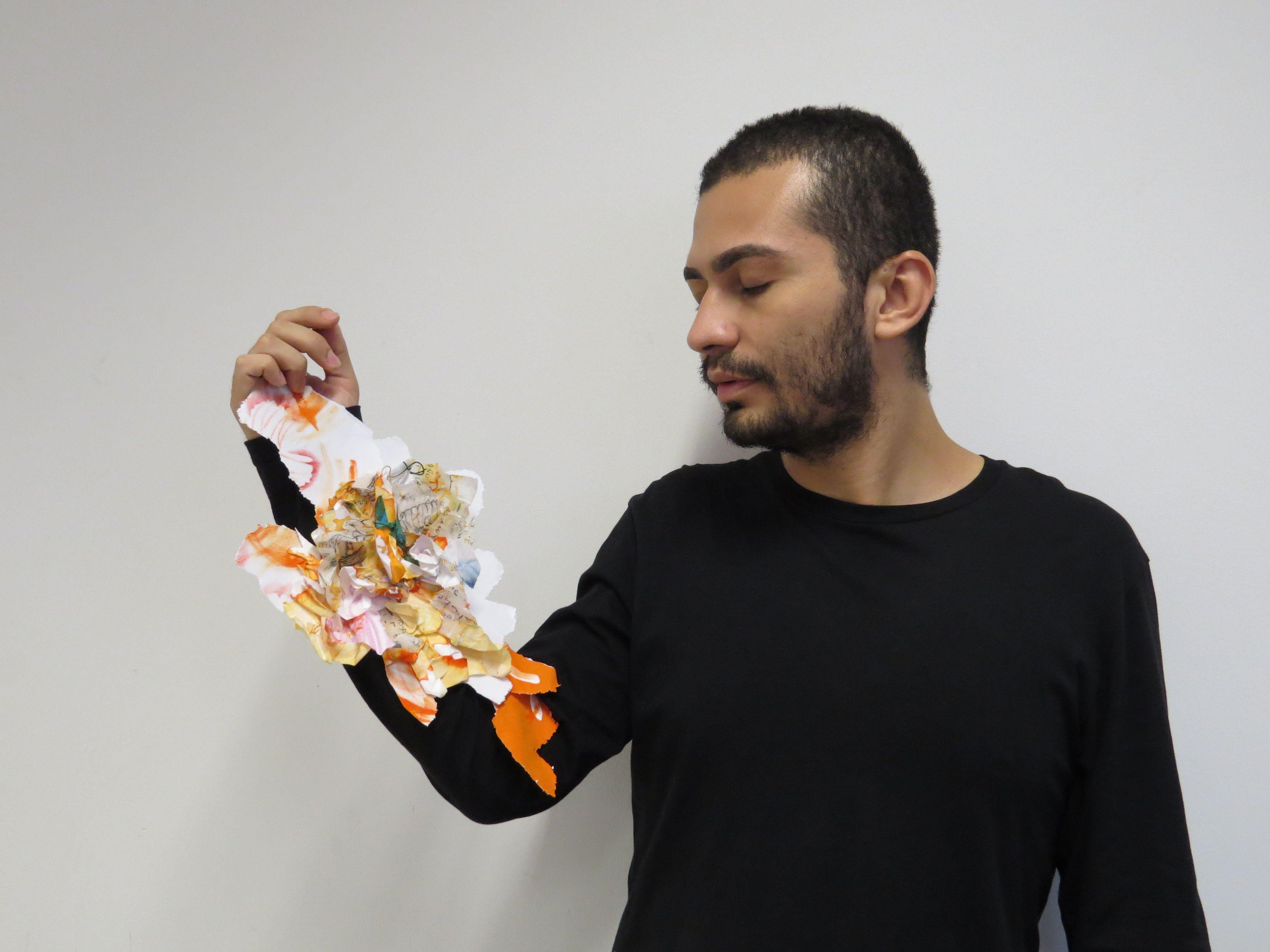 Renata Rosa > Explosão de sentimentos, 2014 (Papel veludo, papel Aspen, giz aquarela oleoso,  tinta nanquim, impressos, cola, fita de cetim, ).