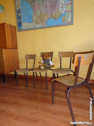 Bonjour, Voici une suite de 3 chaises vintage maternelle Mullca