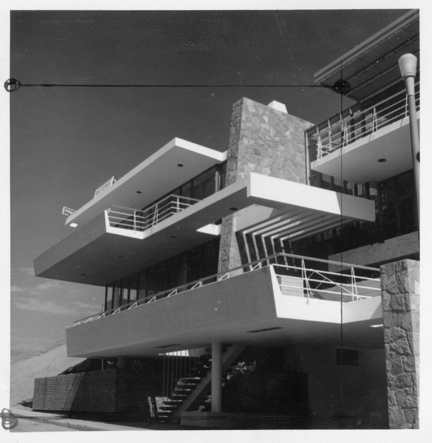 Casa pye balneario de santa maria lima 1957 for Diseno de interiores lima