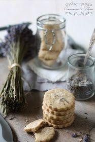 Cinnamon and Thyme: Morje in sivkini piškoti / Seaside and lavender cookies