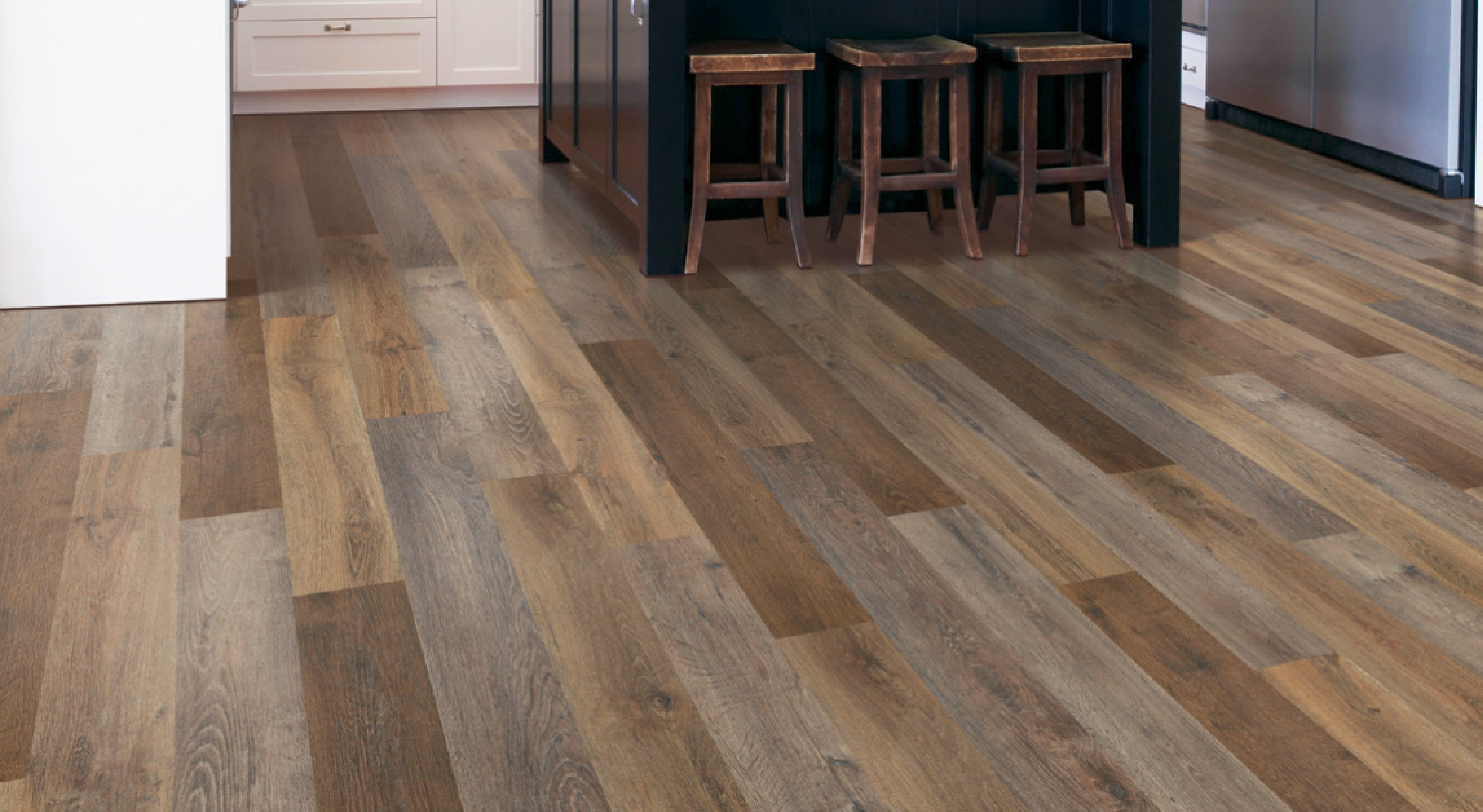 What Can You Expect From A Flooring Company Nowadays Anlamli Net In 2020 Luxury Vinyl Plank Luxury Vinyl Flooring Vinyl Flooring