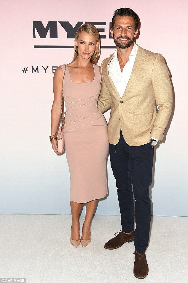 The Bachelor S Tim And Anna Get Cosy At Myer Spring 16 Fashion Launch Fashion Fashion Couple Bachelor Couples
