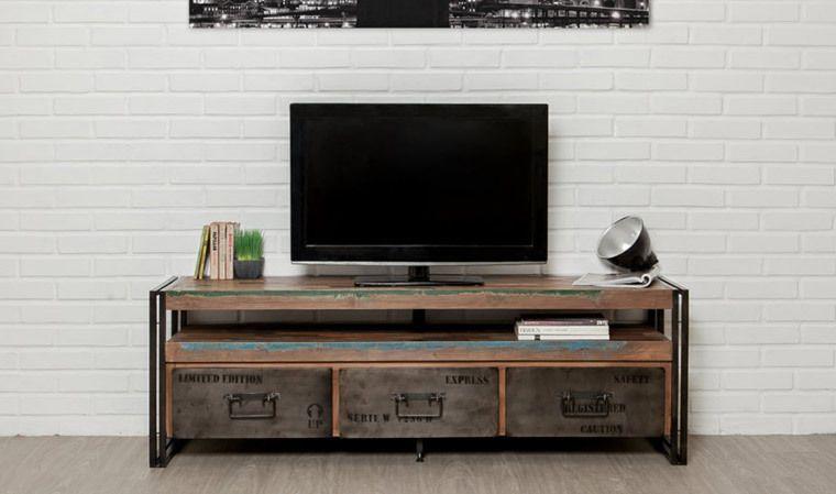 Hommage Au Siecle Dernier Et A L Ere Industrielle Ce Meuble Tv