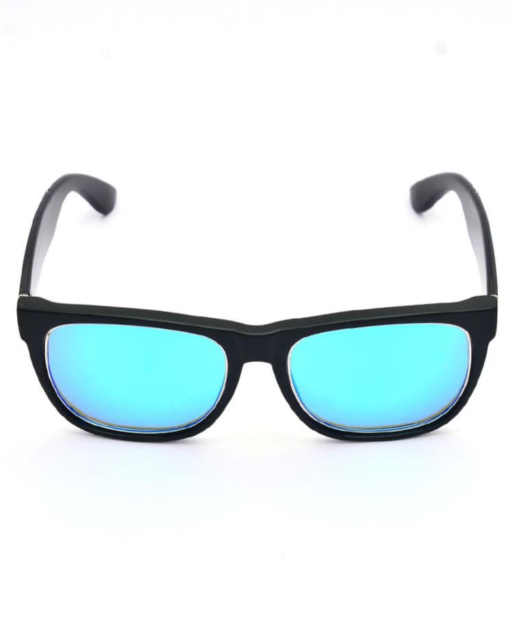 956845aafbb Buy OWO Unisex wayfarer WF50 With polarized sunglasses at discounted prices.The  Fashionable Sunglasses from the house of WOWSTM is designed as per the ...