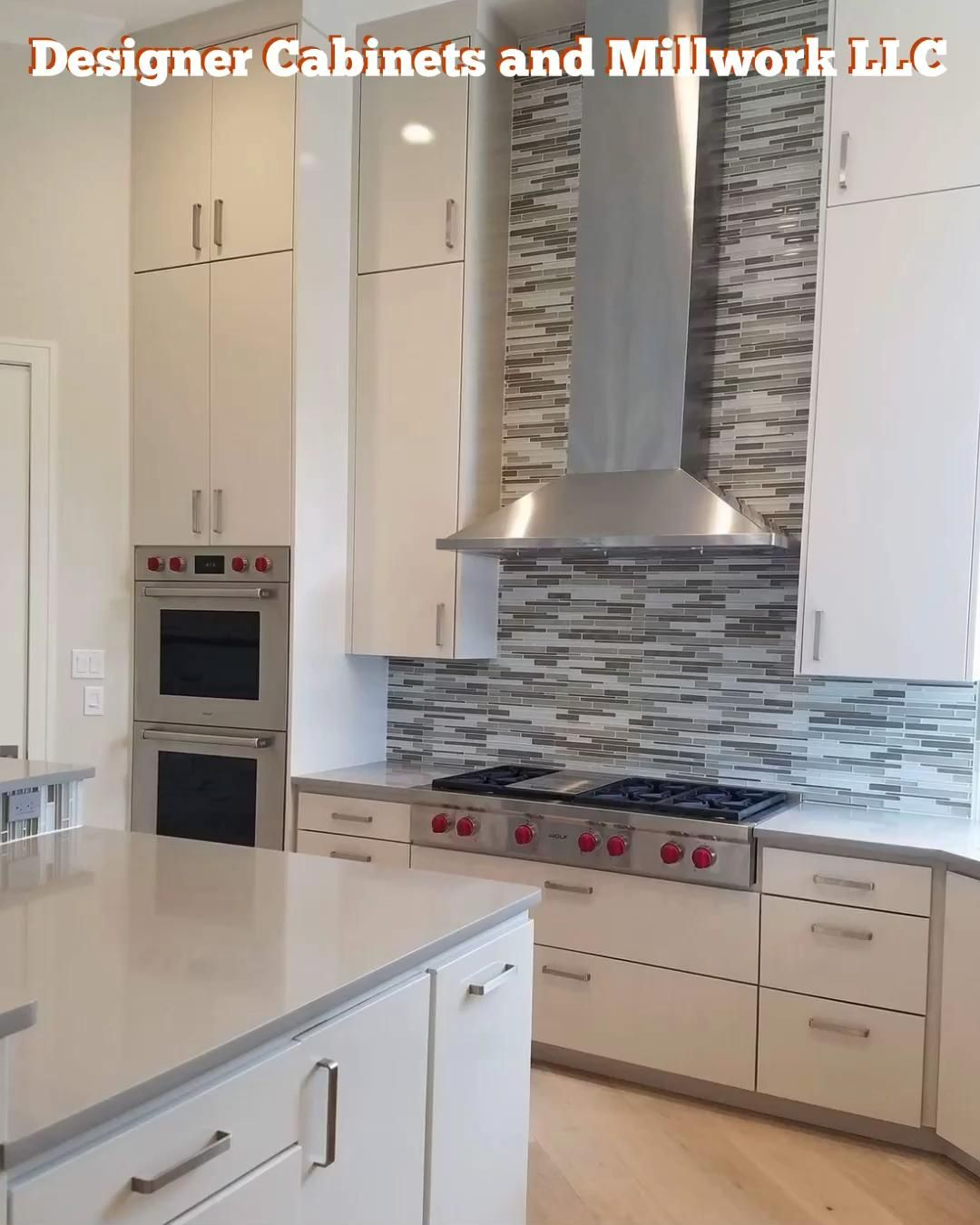 Modern high gloss full overlay kitchen with Wolf appliances and quartz countertops. #quartz #wolf #gloss #design #kitchen #renovation #newbuild #cabinets #custom #architecture #designer