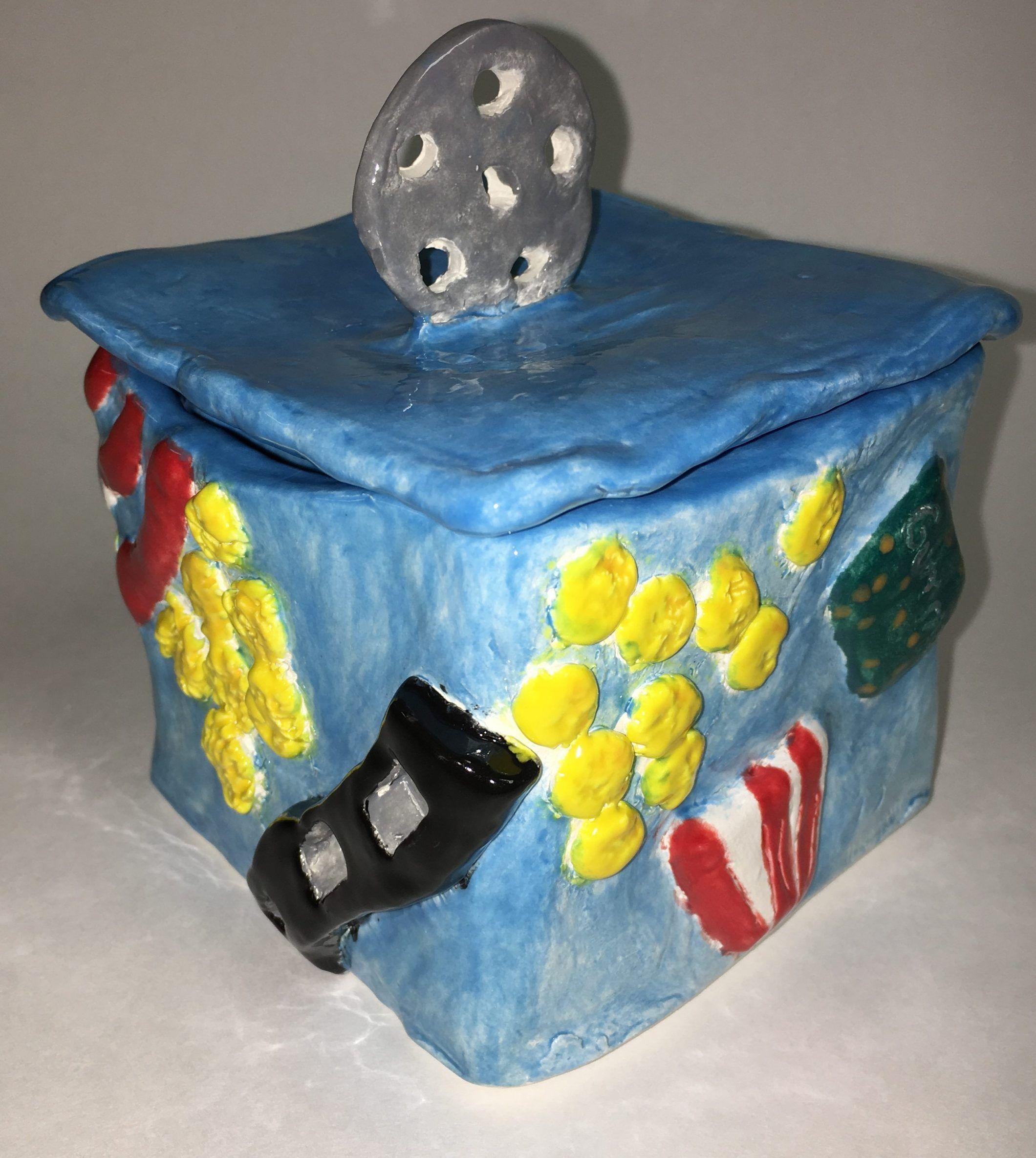 Ceramic Box With Lid Lesson In 2020 Ceramic Boxes Ceramics Kids Clay