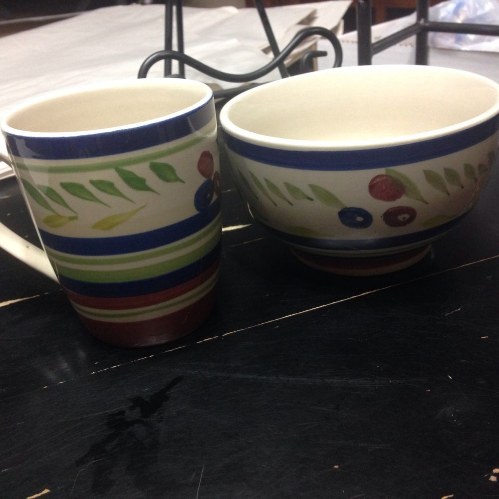 SET OF 5 RED/BLUE/GREEN Royal Norfolk Stoneware 3 Bowls 2 Mugs   & SET OF 5 RED/BLUE/GREEN Royal Norfolk Stoneware 3 Bowls 2 Mugs ...