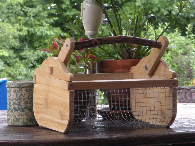 Cedar garden basket, hod | DIY Stuff | Pinterest | Garden basket ...
