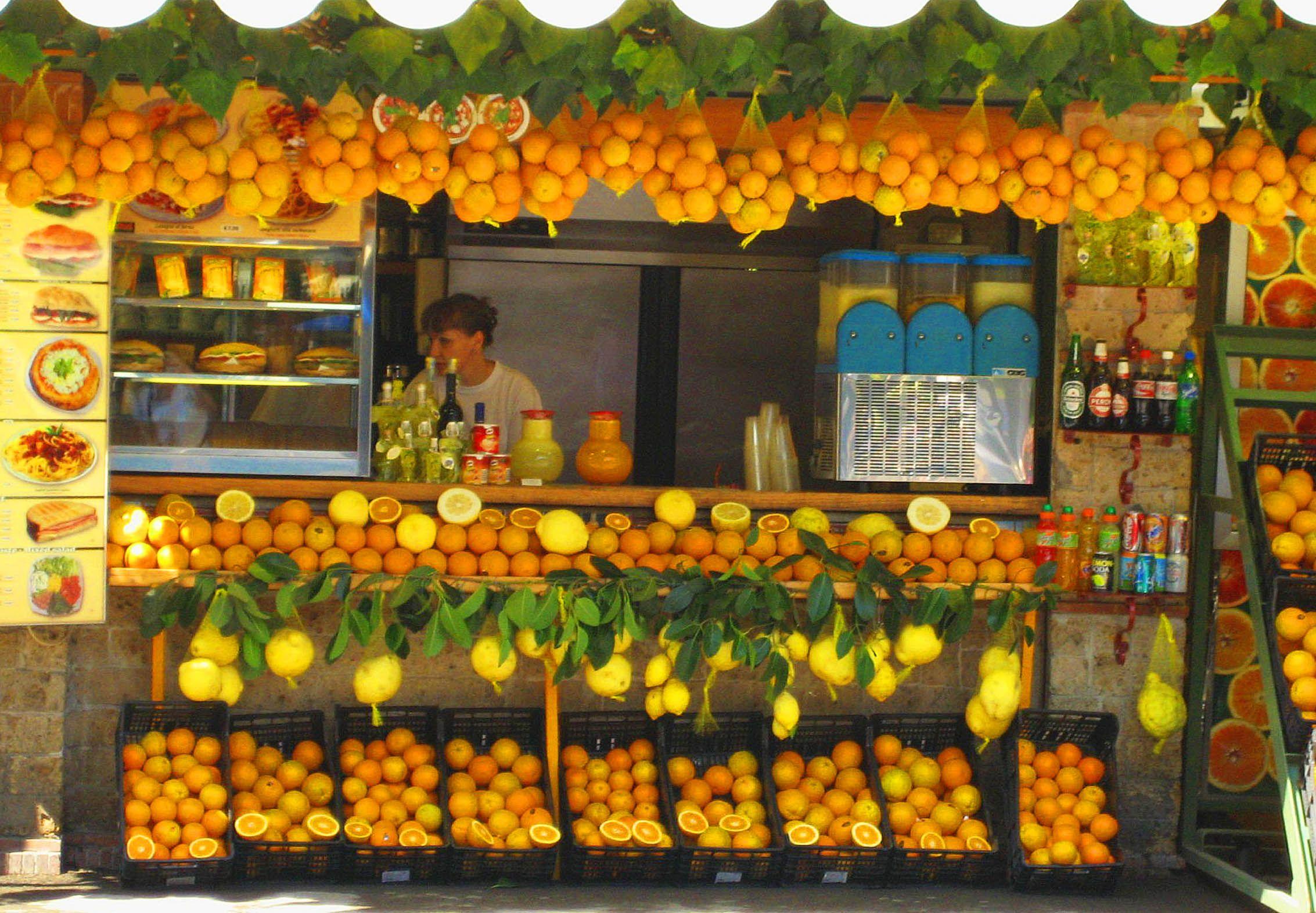 Orange vendor in Pompeii