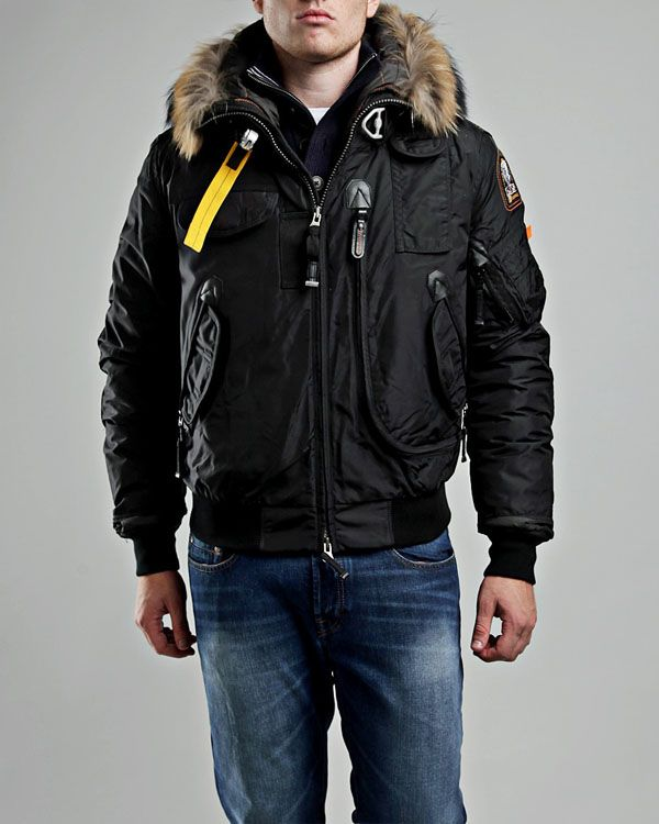 parajumpers jacket vs canada goose