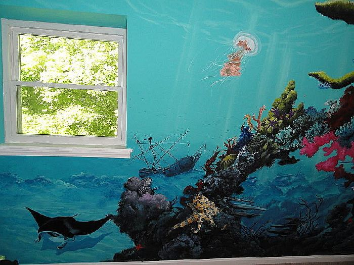 Underwater mural for baby room underwater baby 39 s room for Underwater mural ideas