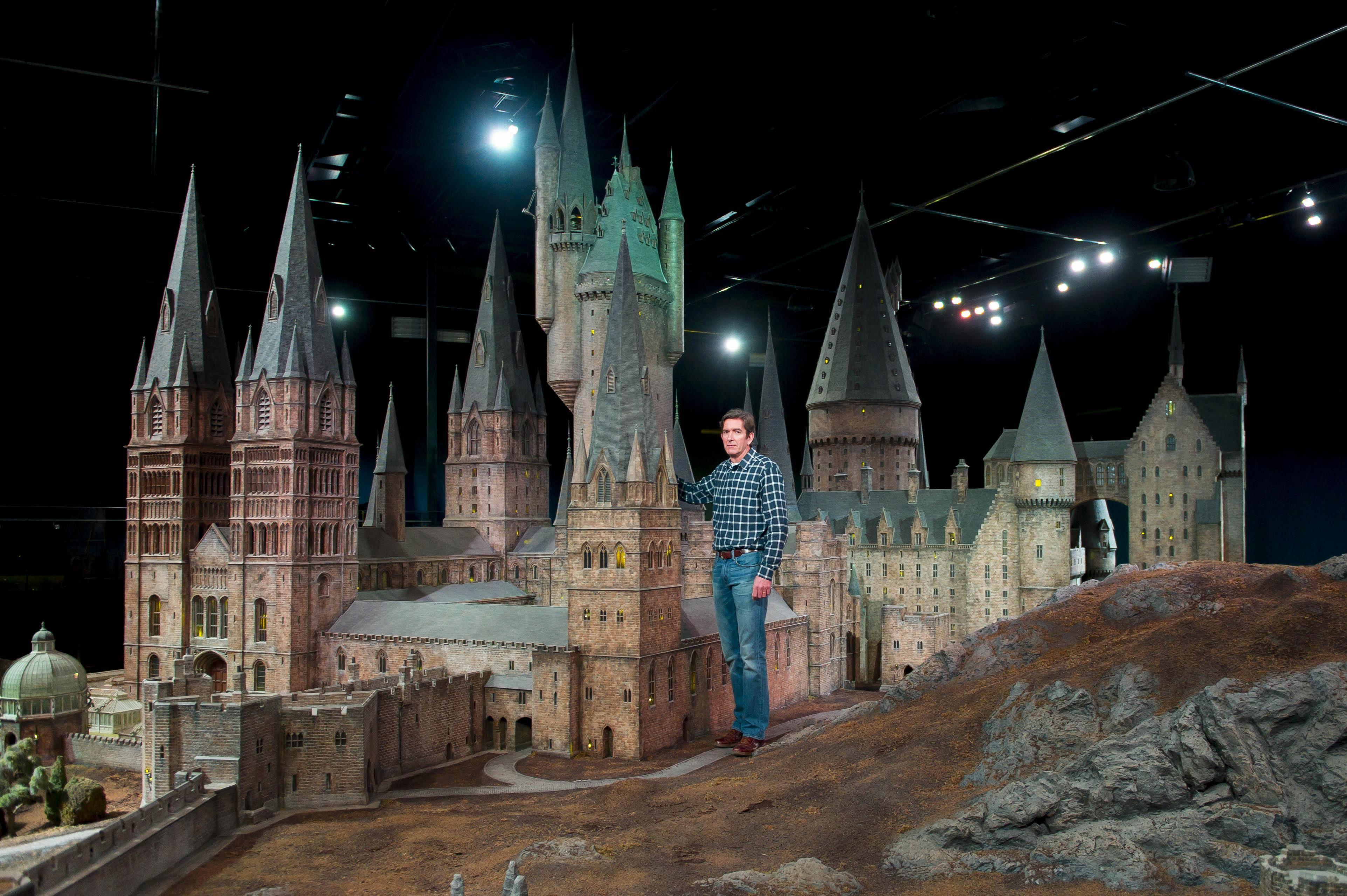 Incredibly Detailed Model Of Hogwarts Castle Revealed Hogwarts Castle Harry Potter Studio Tour Hogwarts