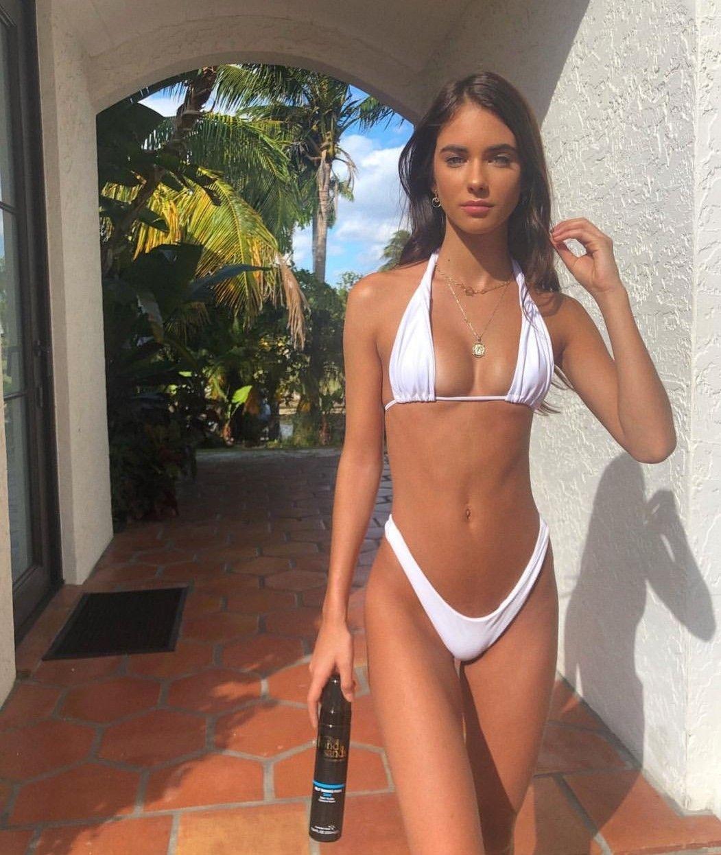 Cleavage Renee Bourke nude photos 2019