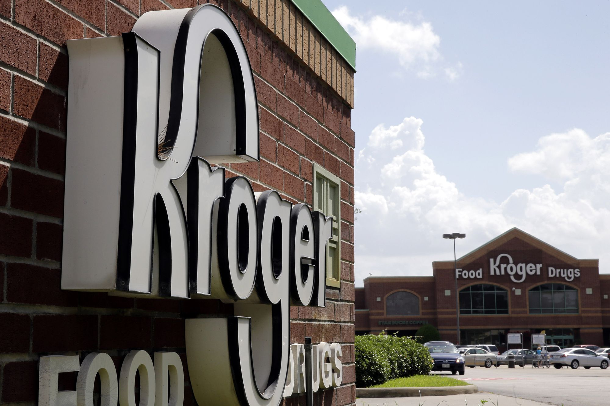 Kroger 'Respectfully' Asks Shoppers to Stop Openly