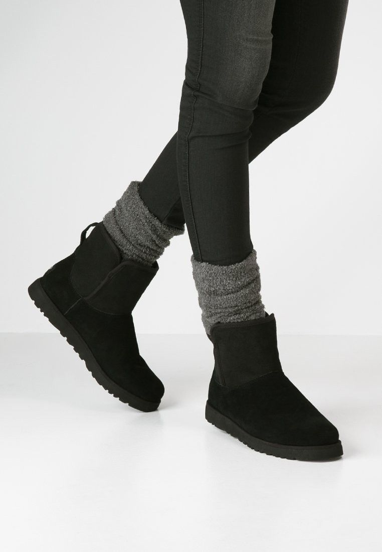 UGG Stivali da neve black | Stivali, Scarpe e Acconciature