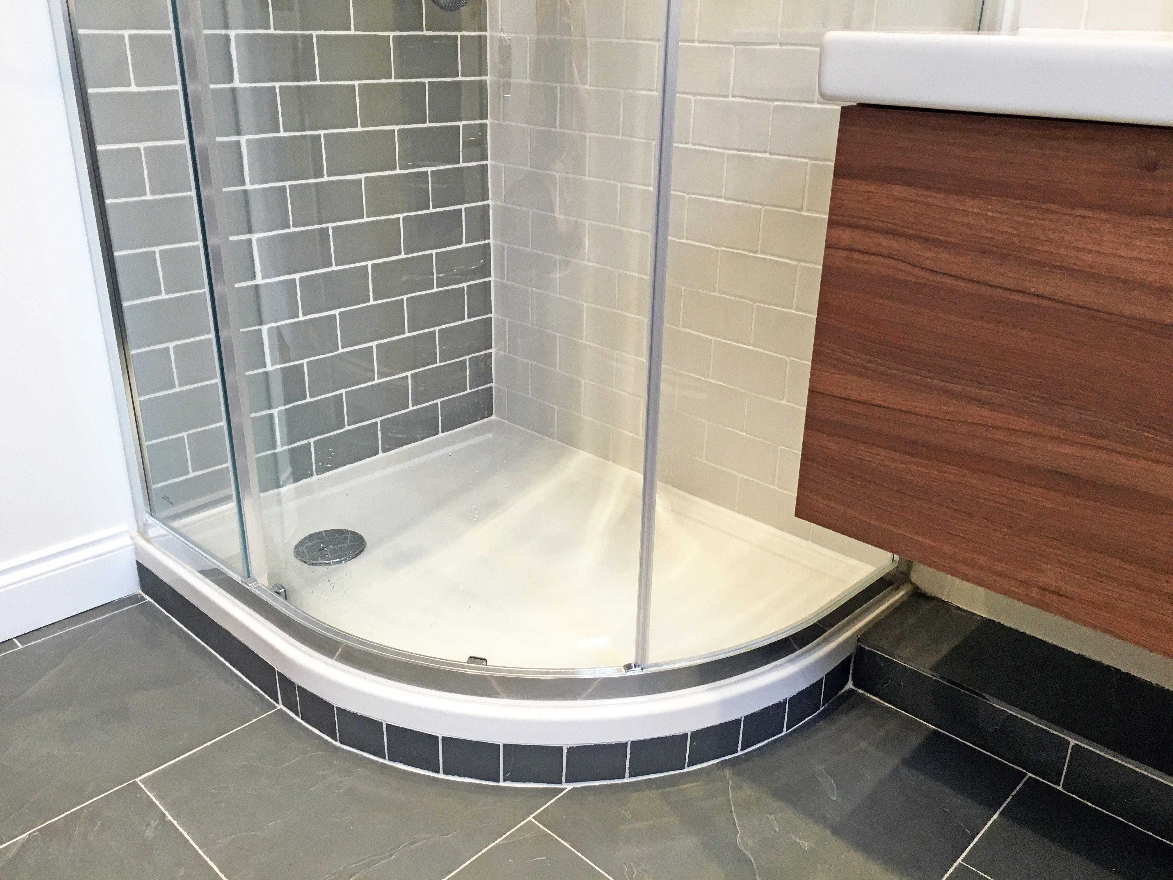 APM Finished Main ensuite- beautiful Fired Earth green slate floor ...